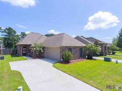 Denham Springs Single Family Home For Sale: 9367 Rustic Rose Dr