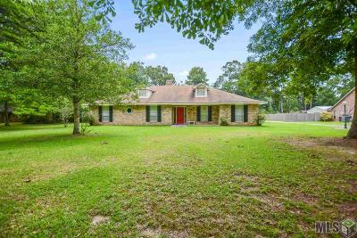 Greenwell Springs Single Family Home For Sale: 5322 Lesage Dr