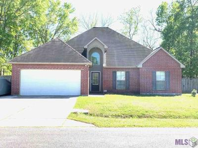 Gonzales Single Family Home For Sale: 425 E Great Haven St