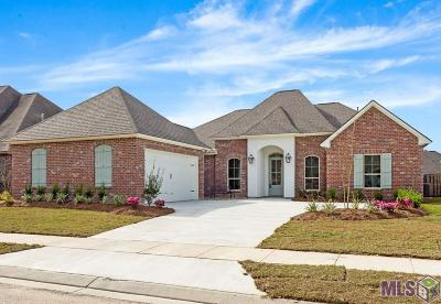 Greenwell Springs Single Family Home For Sale: 17964 Villa Trace Ave