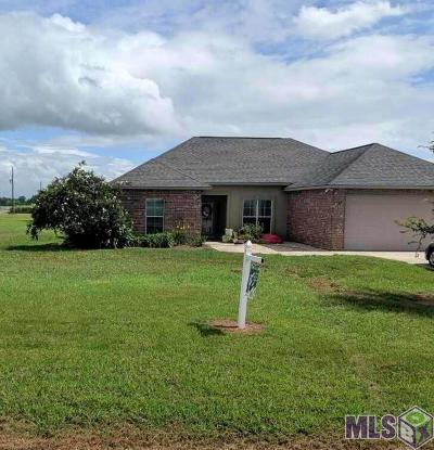 Port Allen Single Family Home For Sale: 6370 Section Rd