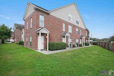 Baton Rouge Condo/Townhouse For Sale: 4625 Burbank Dr #104