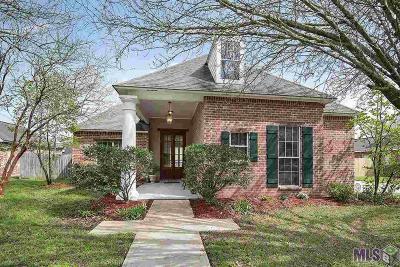 Prairieville, Baton Rouge, Geismar, Gonzales Single Family Home For Sale: 9623 Vouvray Dr