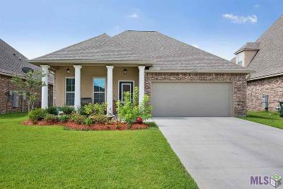 Prairieville Single Family Home For Sale: 42325 Lakestone Dr