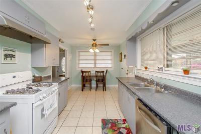 Port Allen Single Family Home For Sale: 541 Florida Ave