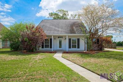 Baton Rouge Single Family Home For Sale: 5371 Shakespeare Dr