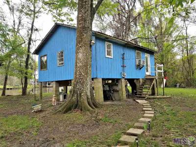 French Settlement Single Family Home For Sale: 19600 La Trace Rd