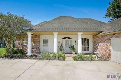 Baton Rouge Single Family Home For Sale: 114 Charter Ridge Ct