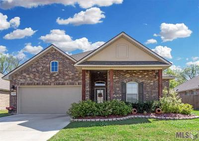 Gonzales Single Family Home For Sale: 11488 Legacy Oaks Ln