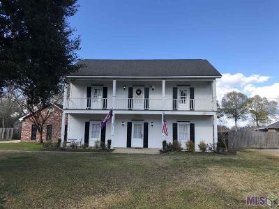 Denham Springs Single Family Home For Sale: 9145 Lockhart Rd