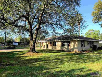 St Amant Single Family Home For Sale: 9227 La Hwy 22
