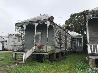 Single Family Home For Sale: 622 Lessard