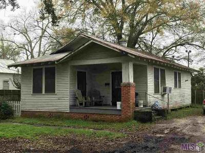 Single Family Home For Sale: 506 Charles St