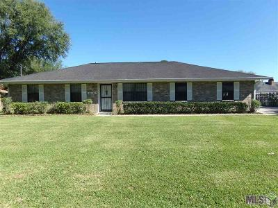 Plaquemine Single Family Home For Sale: 59145 Postell Ave