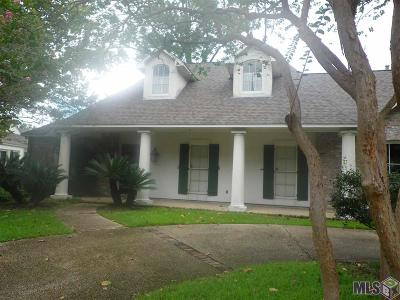 Baton Rouge Single Family Home For Sale: 7613 Old Sturbridge Ln