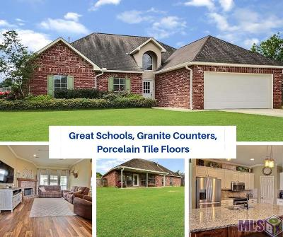 Prairieville Single Family Home For Sale: 16315 Greenwood Dr