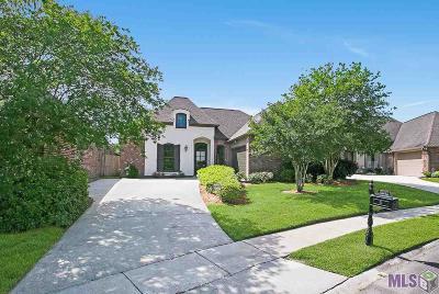 Baton Rouge Single Family Home For Sale: 10542 Shoreline Dr