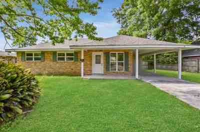 Denham Springs Single Family Home For Sale: 1903 Carolyn Ave