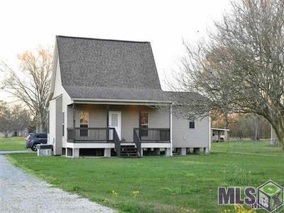 Gonzales Rental For Rent: 42420 Black Bayou Rd