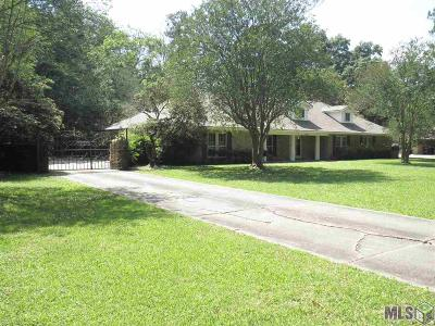 Baton Rouge Single Family Home For Sale: 11979 Foster Rd