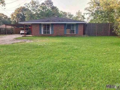 Gonzales Single Family Home For Sale: 41452 Church Point Rd