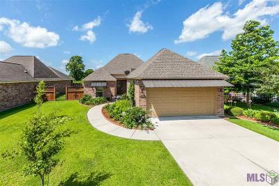 Gonzales Single Family Home For Sale: 5276 Courtyard Dr