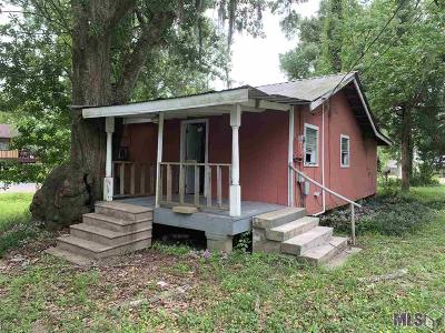 French Settlement Single Family Home For Sale: 14552 Hebert Lambert Rd