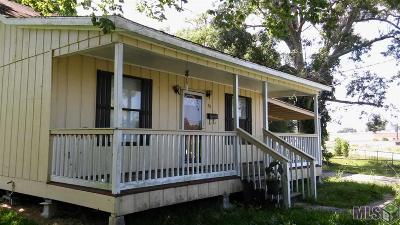 Gonzales Single Family Home For Sale: 311 N Edenborne Ave