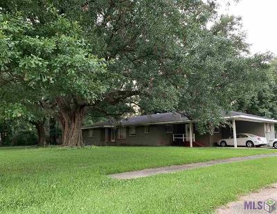 Baton Rouge Single Family Home For Sale: 8779 Hill Dr