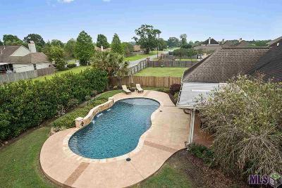 Prairieville Single Family Home Contingent: 39328 Lakeland Ave
