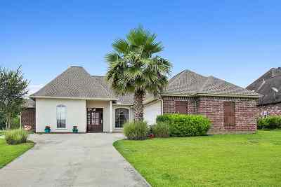Zachary Single Family Home For Sale: 22718 Fairway View Dr