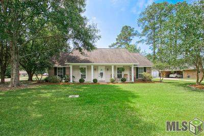 Greenwell Springs Single Family Home For Sale: 6032 N Bristle Cone Ct