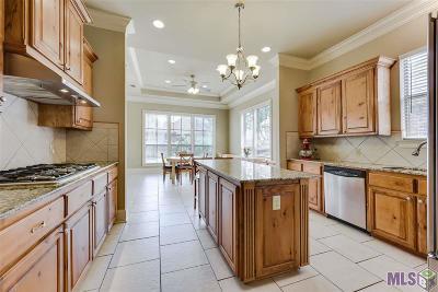 Cross Gate Single Family Home For Sale: 6328 Cross Gate Dr