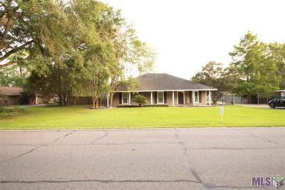 Zachary Single Family Home For Sale: 1540 Rollins Rd
