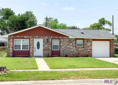 Laplace Single Family Home For Sale: 352 Rosedown Dr