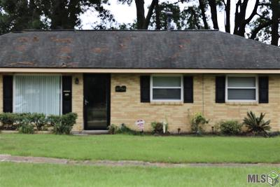 Baton Rouge Single Family Home For Sale: 10755 Darryl Dr