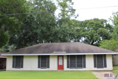 Baton Rouge Single Family Home For Sale: 5359 Brownfields Dr