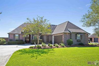 Gonzales Single Family Home For Sale: 7018 Pelican Crossing Dr