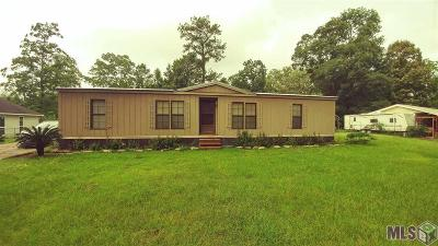 Denham Springs Single Family Home For Sale: 30663 Baker Dr