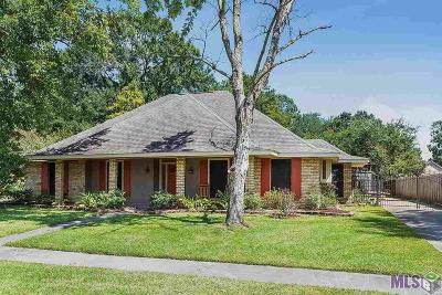 Woodlawn Estates Single Family Home For Sale: 14231 Cottingham Ct