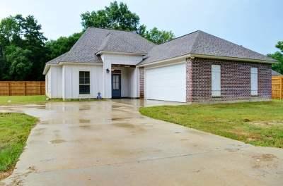 Walker Single Family Home For Sale: 12805 Hodges Ln