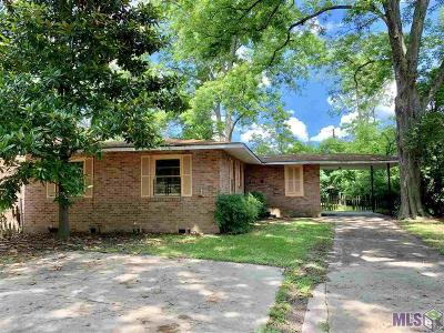 Single Family Home For Sale: 2815 Iowa St