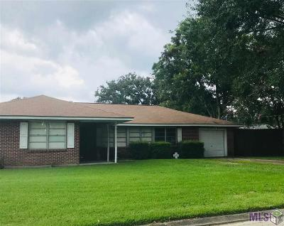 Plaquemine Single Family Home For Sale: 57940 Jumonville St