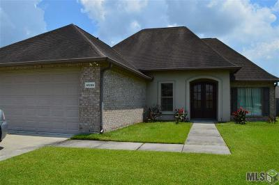 Sorrento Single Family Home For Sale: 41206 Colonial Dr