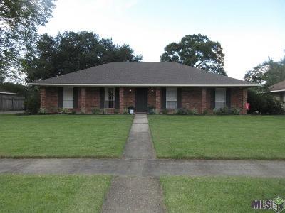 East Baton Rouge Parish Single Family Home For Sale: 13837 Shady Ridge Dr