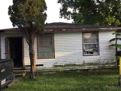 East Baton Rouge Parish Single Family Home For Sale: 1586 Fraternity St