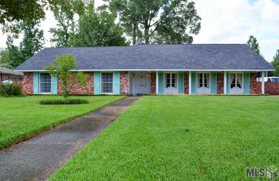East Baton Rouge Parish Single Family Home For Sale: 11825 Fairhaven Dr
