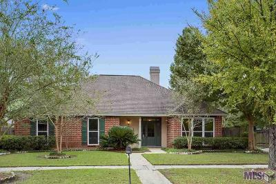 Baton Rouge Single Family Home For Sale: 434 Pastureview Dr