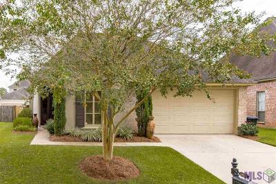 Cross Gate Single Family Home For Sale: 6537 Cross Gate Dr