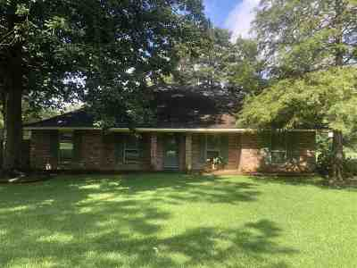 Greenwell Springs Single Family Home For Sale: 6417 Donnybrook Ave